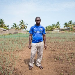 portrait farmer Togo microcredit